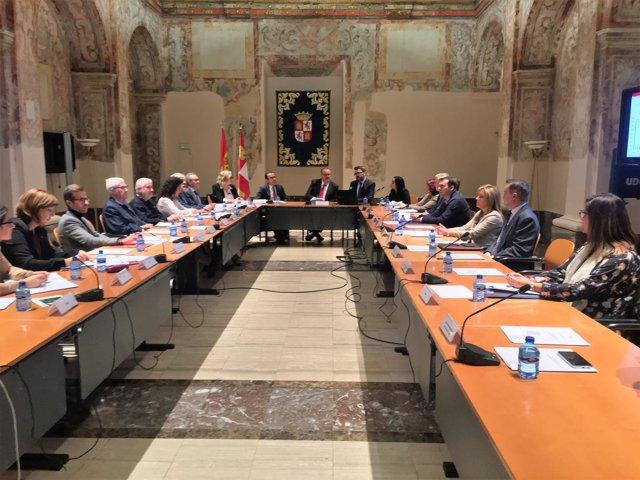 Valladolid.- Un momento de la reunión de hoy en Valladolid