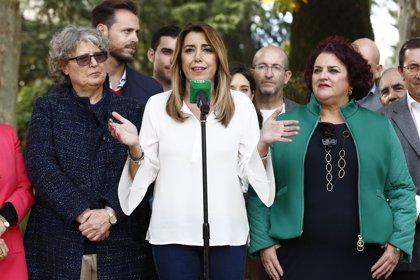 """Susana Díaz afirma que Rivera, en estado de """"pánico"""", ha tirado """"por la borda"""" el trabajo por la estabilidad"""