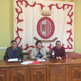 Gastaminza, Beaumont y Navallas durante la firma del protocolo