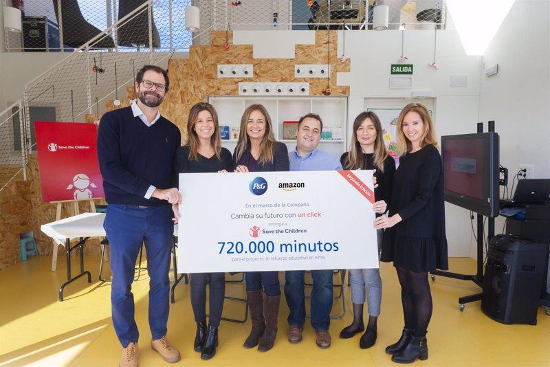 55e22da14b3 P G entrega 720.000 minutos a Save the Children para evitar el abandono  escolar