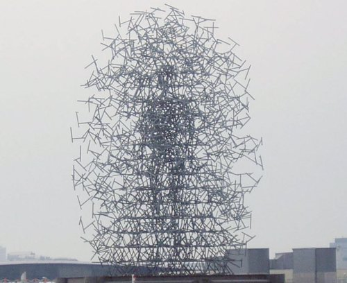 Escultura Nube Cuántica de Antony Gormley