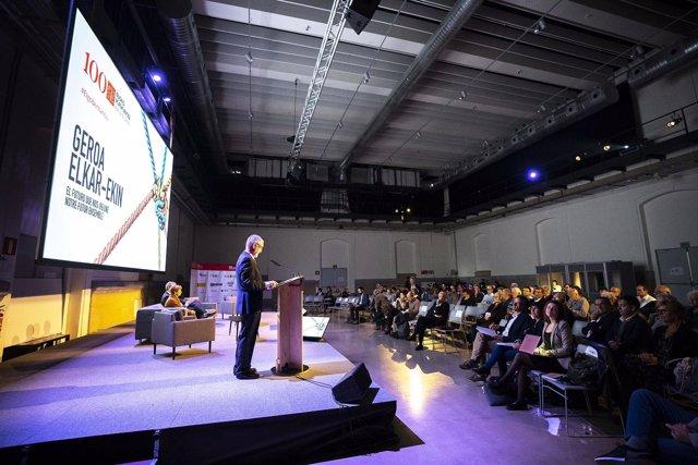 Sesión del Congreso de Eusko Ikaskuntza.