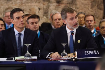 """Sánchez defiende la democracia como """"alternativa de esperanza"""" frente al """"repliegue nacional"""""""