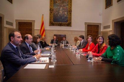 El diálogo entre independentistas, comuns y PSC empieza sin pactos pero con voluntad de seguir