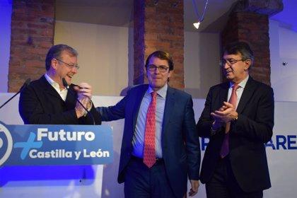 """Mañueco """"dará batalla"""" por León contra la """"política radical energética del PSOE"""" que cerrará térmicas y destruirá empleo"""
