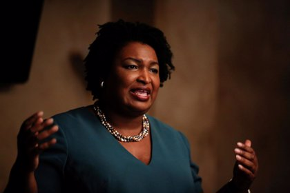La demócrata Stacey Abrams reconoce su derrota en Georgia frente al republicano Brian Kemp