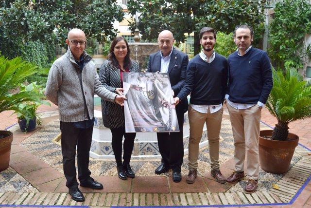 Ana Carrillo presenta el cartel del homenaje a San Pedro Nolasco
