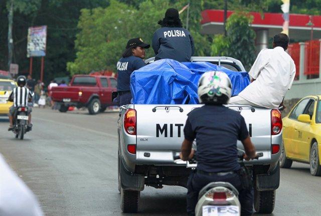 Policías en Dili, Timor Oriental
