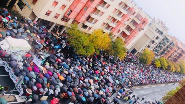 Manifestación por un tren digno en Cáceres