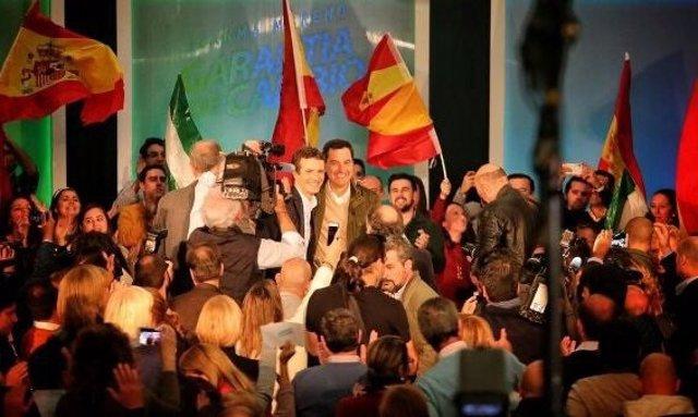 Pablo Casado y Juanma Moreno, en un acto en Algeciras