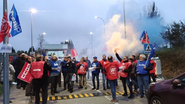 Concentración en Asturias por la huelga de prisiones