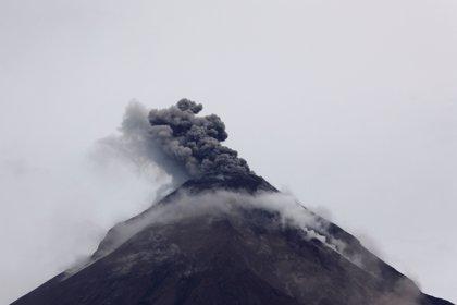 El Volcán de Fuego obliga a evacuar a casi 4.000 personas en Guatemala