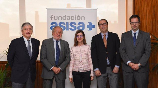 Firma del convenio entre Fundación ASISA y Farmacéuticos sin Fronteras