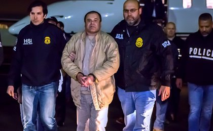 Testigos aseguran que 'El Chapo' ordenó matar a un hombre por negarse a darle la mano