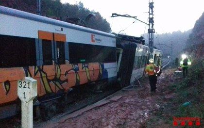 Un mort, 44 ferits i 86 il·lesos pel descarrilament del tren de Vacarisses (Barcelona)
