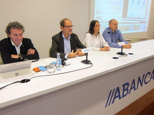 Abanca presenta una herramienta para comercios, 'Alavuelta'