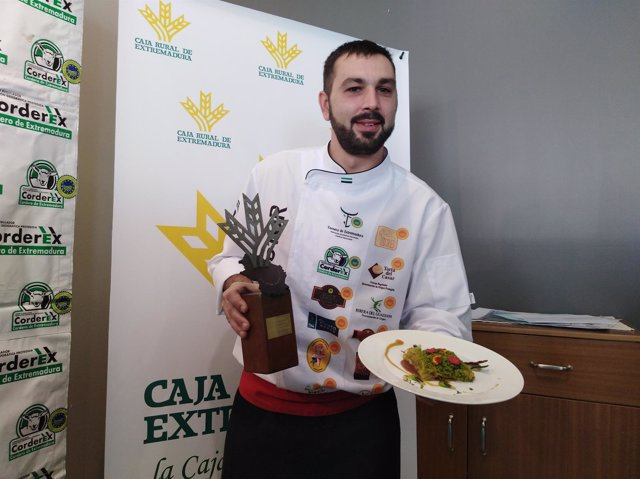 Víctor Encinal, ganador del XI Premio Espiga de Corderex