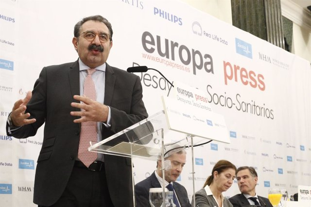 Desayuno Socio-Sanitario de Europa Press con el consejero de Sanidad de Castilla