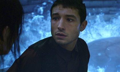 """Ezra Miller sufrió una """"grave crisis"""" al descubrir el giro final de Animales Fantásticos: Los crímenes de Grindelwald"""