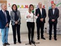 "SUSANA DIAZ SUGIERE A CASADO DOCUMENTARSE SOBRE ANDALUCIA TRAS USAR ""25 SEGUNDOS PARA MENTIR 10 VECES"" EN EL CONGRESO"