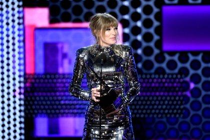 Taylor Swift usa su poder para conseguir que los artistas de Universal cobren más por las reproducciones en Spotify