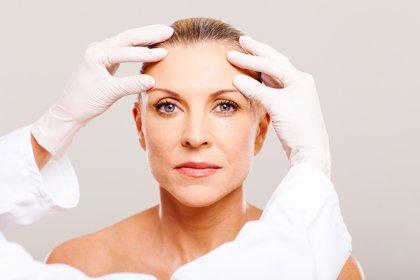 Casi 400.000 operaciones de cirugía estética al año en España