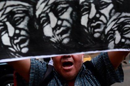 El padre del joven mapuche muerto a manos de la Policía exige también la dimisión del ministro de Interior