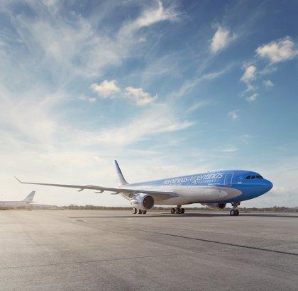 Los sindicatos en Aerolíneas Argentinas amenazan con ir a la huelga el próximo lunes