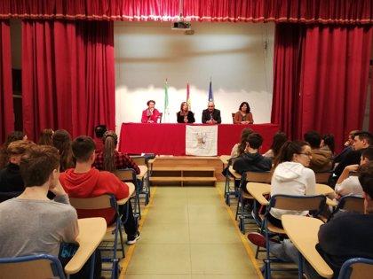La Junta aplaude la calidad en la enseñanza de idiomas de los centros plurilingües