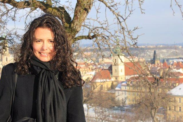 La periodista Raquel de la Morena, ganadora del V Premio Titania con la novela '