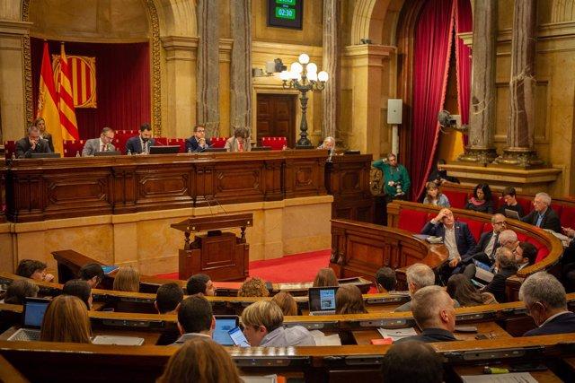 Pleno en el Parlamento Catalán