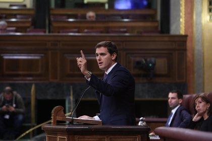 """Rivera critica la """"purga"""" de Sánchez en la Abogacía del Estado, puesta """"al servicio de golpistas para seguir en Moncloa"""""""