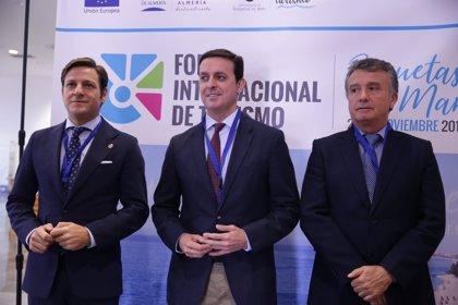 'Costa de Almería' participa en el primer Foro Internacional de Turismo en Roquetas de Mar