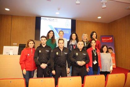 La teleasistencia de Cruz Roja en Córdoba protege a 217 víctimas de violencia de género, un 5% más que en 2017