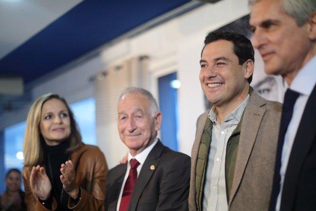 El político y abogado Adolfo Suárez Illana junto con Juanma Moreno