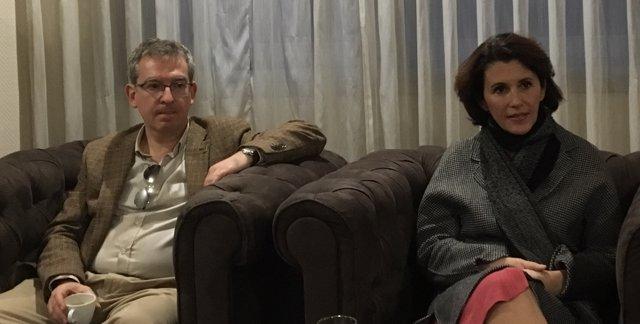 Santiago Posteguillo y Ayanta Barilli