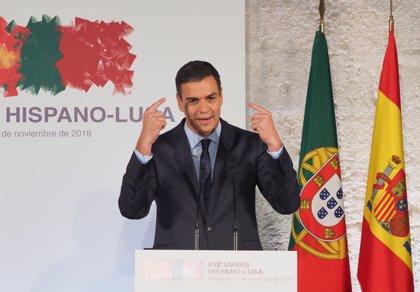 """Sánchez emplaza a las federaciones de fútbol de España, Portugal y Marruecos a """"construir"""" el proyecto del Mundial 2030"""