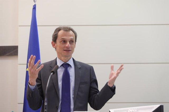 Pedro Duque inaugura un seminario sobre Inteligencia Artificial