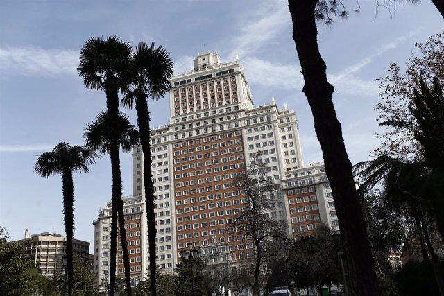 Un Juez Ordena La Suspension Inmediata De Las Obras Del Edificio Espana Por Riesgo
