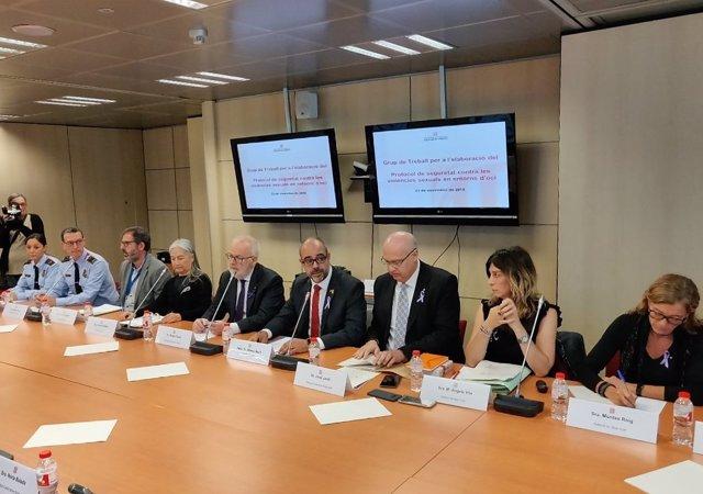 M.Buch en reunión del protocolo contra agresiones sexuales en espacios de ocio