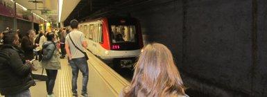 La tarifa plana de transport públic a l'AMB preveu 4,6 milions de noves validacions anuals (EUROPA PRESS - Archivo)