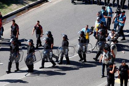 Suspendido el partido de vuelta de la Libertadores por el ataque al bus de Boca e incidentes fuera del estadio