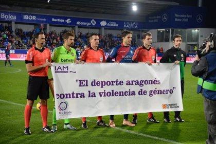 El Estadio de El Alcoraz se suma a la campaña contra la violencia de género