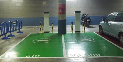 La Generalitat instala en sus edificios terminales de carga eléctrica para los vehículos de la Administración