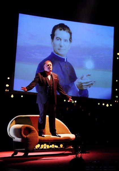 Pablo Carbonell llevará a escena su autobiografía 'El mundo de la tarántula' a Los Santos de Maimona (Badajoz)