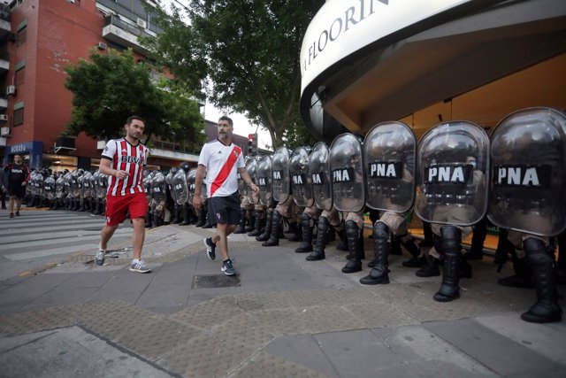 Soccer Football - Copa Libertadores Final - Second leg - River Plate v Boca Juni