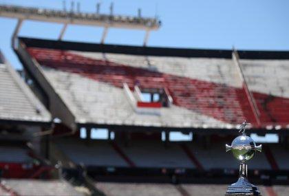 Suspendida de nuevo y sin fecha la final de la Libertadores entre River y Boca