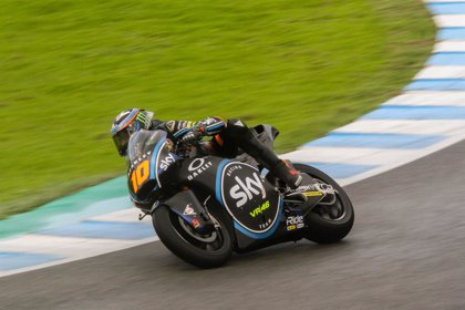 Marini deja el mejor tiempo en unos tests de Moto2 en Jerez pasados por agua