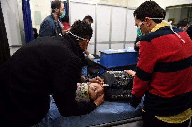 Una de las afectadas por el ataque con gas de cloro en Alepo