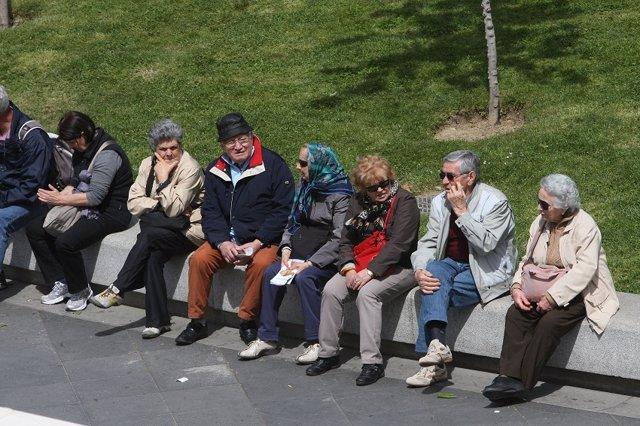 Imagen de archivo de unos pensionistas